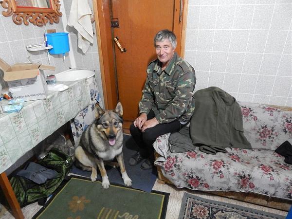 "Иван Сыско и пёс ""Чёк"""