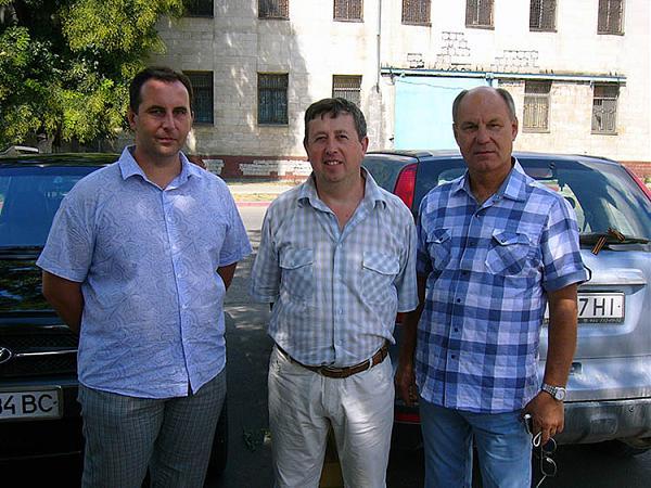 Слева направо: Максим UU4JDD, Андрей UU0JM, Виктор UU5AF