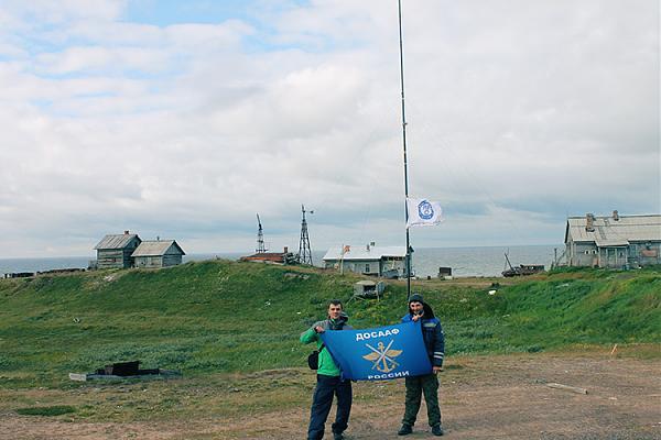 Василий R7AL и Анатолий R7CQ, за ними GP-30м.