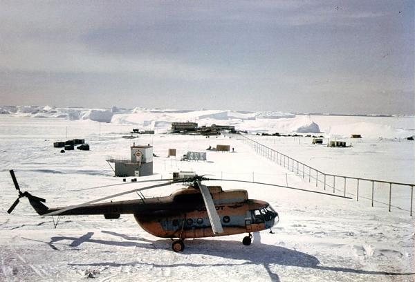 Станция «Мирный» в Антарктиде. (1984 год).