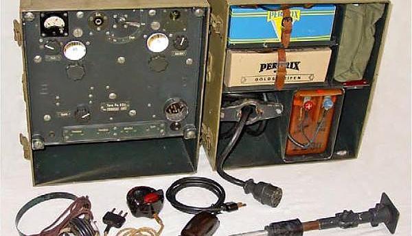 Носимые УКВ радиостанции в ВС разных стран, во время ВМВ. Часть I