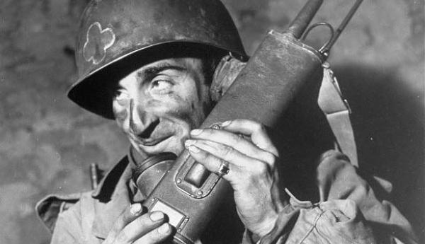 История создания устройств связи Squad Radio ВС США. Часть I