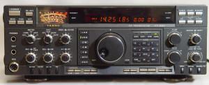 Yaesu FT-990