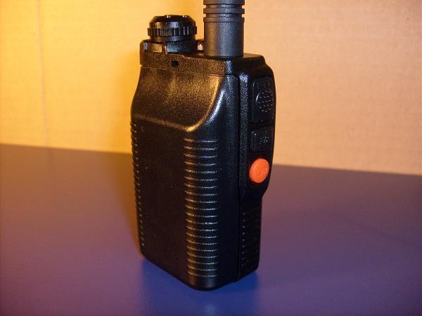 "Продам ""Battery case"" для раций"