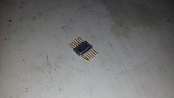 Продам Микросхемы 136 ЛА4