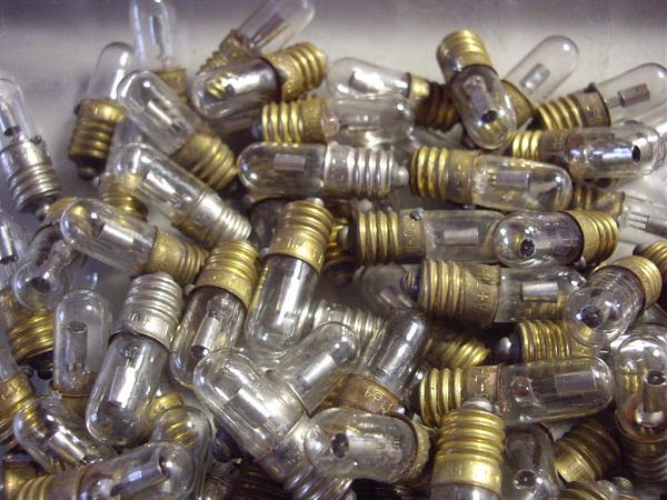 Продам Индикаторные лампы