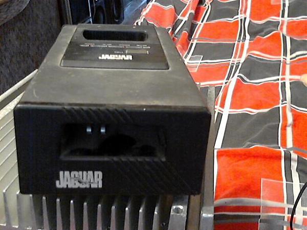 Продам блок питания+зарядка JAGUAR