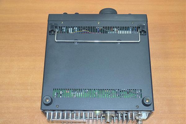 Продам Icom IC-820H