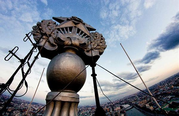 Куплю Ищется высотная точка в Москве для установки РЭА