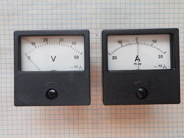 Продам Вольтметры 50В и амперметры 20А-0-20А, М1690А.70