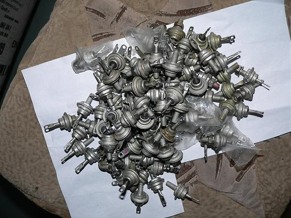 Продам Диоды мощные Д242-Д248, КД202, тиристоры КУ201-202