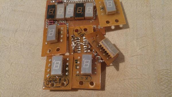 Продам индикаторы 3ЛС324А1