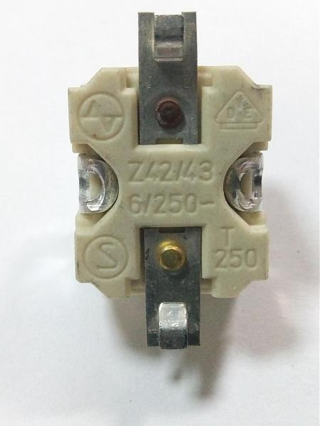 Продам тепловой предохранитель Z42 / 43 6A / 250V