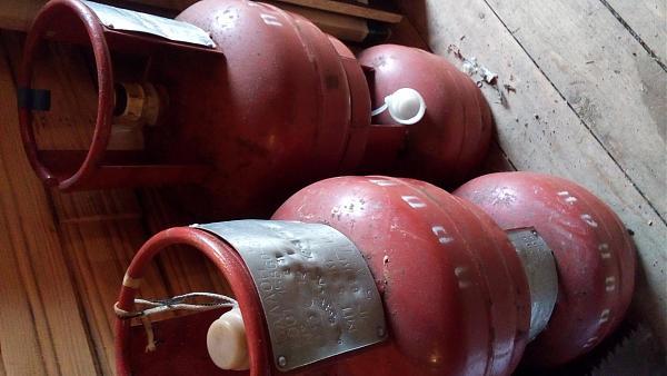 Продам Баллоны газовые 5 литров