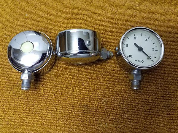 Продам Манометр вакуумный с редуктором и фильтром