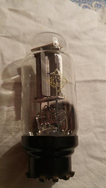 Продам радиолампа TELEFUNKEN  кенотрон