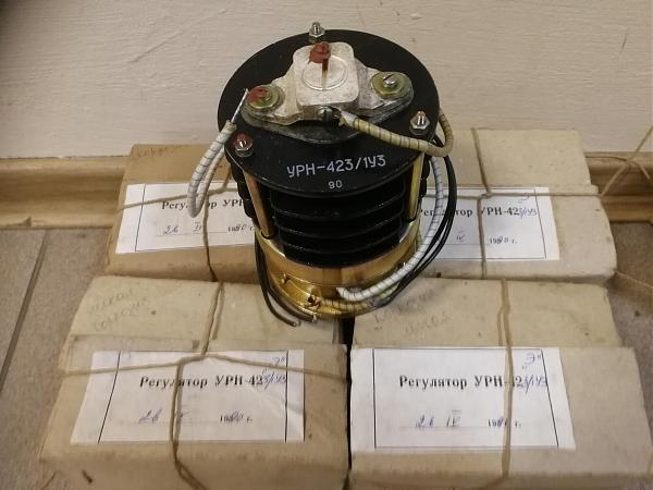 Продам Угольный регулятор напряжения УРН-423/1 у3