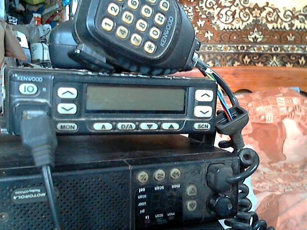 Продам Р/С UHF GM-300 и IC-F-410.KENDWOD тк-860HG-1 и др