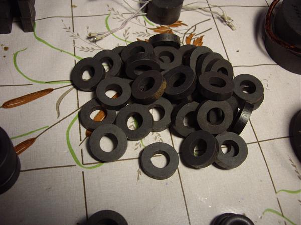 Продам Ферритовые кольца  для радиолюбителя.