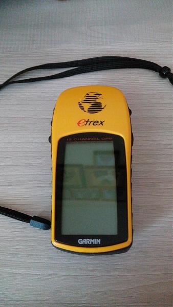 Продам Навигатор Garmin eTrex