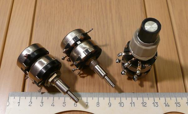 Продам Резистор сдвоенный СП3-10а