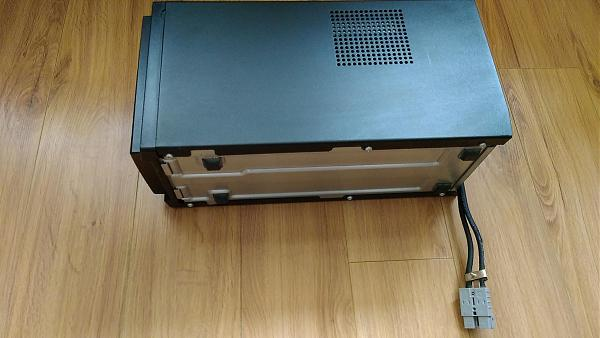 Продам Бокс под аккумуляторы APC Battery Pack
