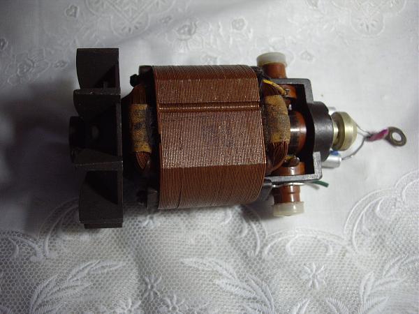 "Продам Мотор от проектора ""Волна"""