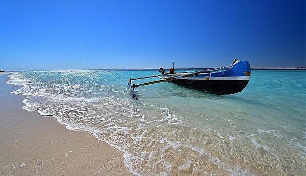 5R8R Остров Нуси Бе Мадагаскар