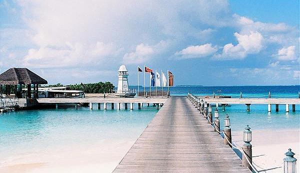 8Q7HK Maldives