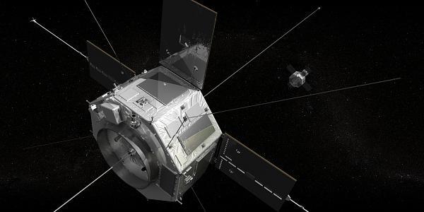 Спутник DSX