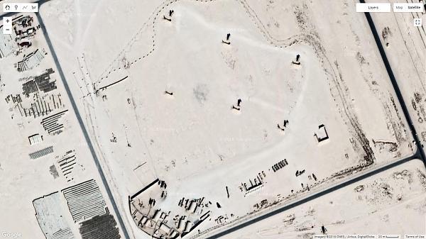 Спутниковый снимок места пересечения линий помех. На фото — авиабаза Аль-Удейд на территории Катара, используемая ВВС США.