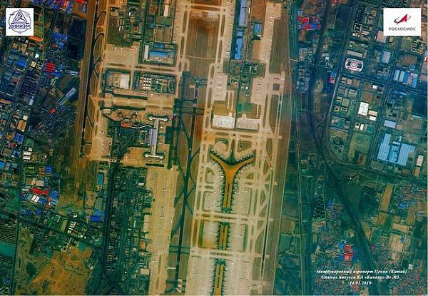 Международный аэропорт Пекина Шоуду; снимок получен КА «Канопус-В» №5 14 января 2019 года.