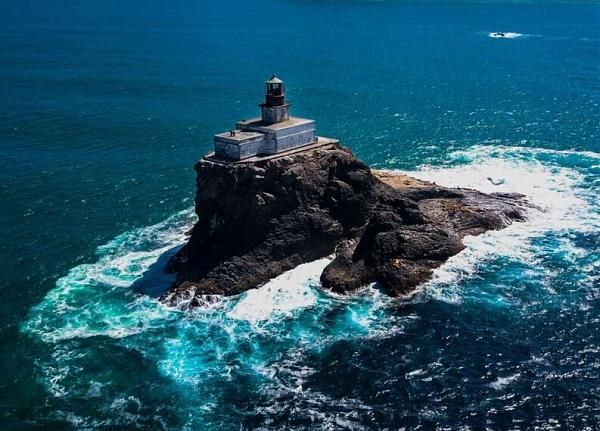 фото остров Tillamook Rock
