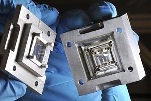 """Создан первый """"квантовый сокет"""", который позволит создать масштабируемые квантовые компьютеры"""