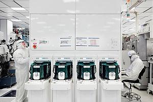 Новая 5-нм технология компании IBM позволила разместить 30 миллиардов транзисторов на чип, размером  ...