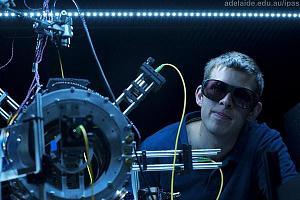 Создан силовой луч, способный захватывать и удерживать атомы для их дальнейшего использования в кван ...
