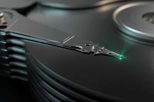 Любой жесткий диск можно превратить в подслушивающее устройство