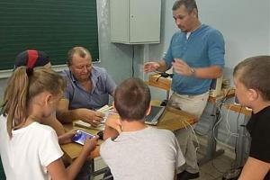 """В эфире UG5R - в Тамбовской области запущена программа обучения СРР """"Юный радиолюбитель"""""""