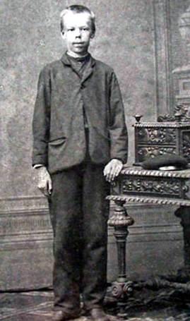 А.С.Попов в детстве (1869)
