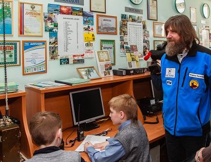 Федор Конюхов на коллективной радиостанции RU3AWH