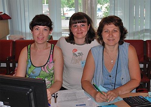 Оргкомитет за работой: Светлана RW9OWM, Лена RZ9OWM, Ирина RZ9OA