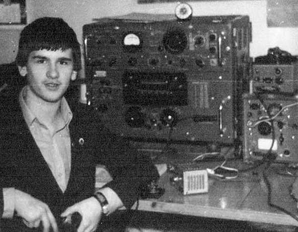 Юрий Заруба (UA0-103-520, UA0AHN) а коллективной радиостанции UK0AAQ в г.Ачинске