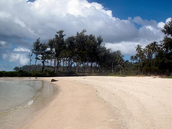 YJ0AG Пляж, остров Эфате, Вануату.