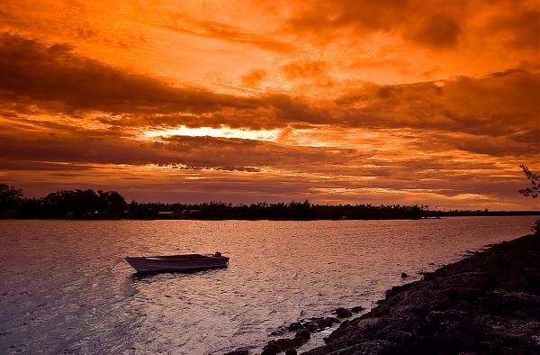 A35NM Нукуалофа, остров Тонгатапу, Тонга.