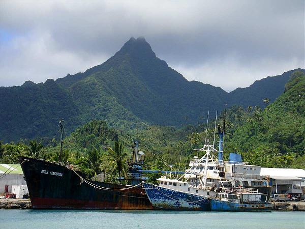 E51GEA Гавань Аватиу, остров Раротонга, острова Кука.