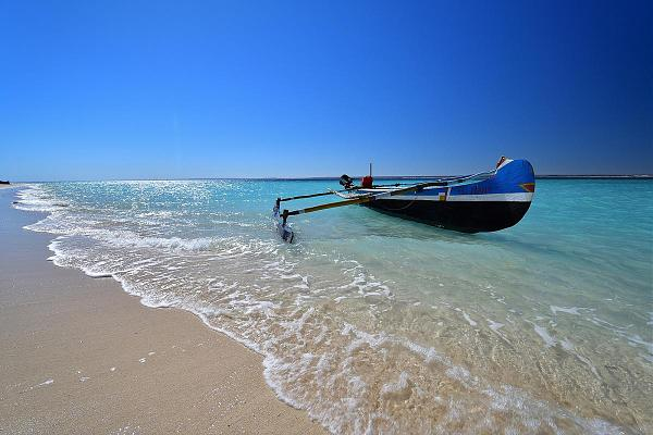 5R8R Остров Нуси Бе, Мадагаскар