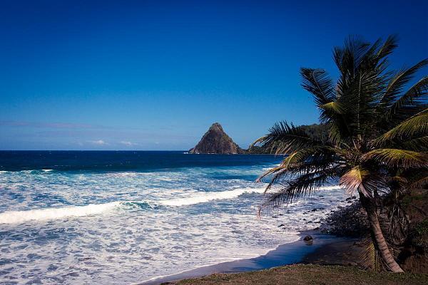 FM/F8AAN Остров Мартиника