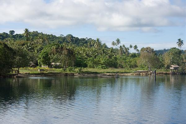 H44R Вайт Бич, острова Расселл, Соломоновы острова.