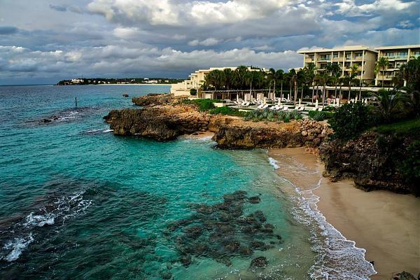 VP2ESJ Отель Four Seasons, остров Ангилья.