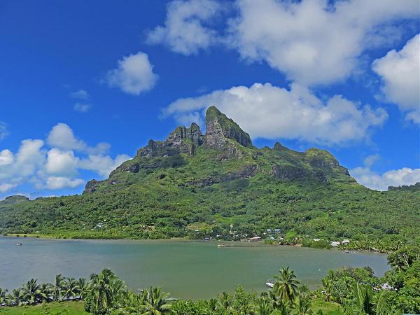 FO/W6NV Гора Отеману, Папеэте, остров Таити, Французская Полинезия.